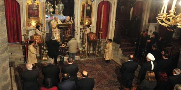 Minister Azzam attends 40th day memorial of late patriarch Hilarion Capucci