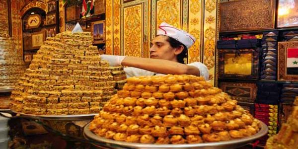 No Eid without sweets, people start to buy Damascene sweets