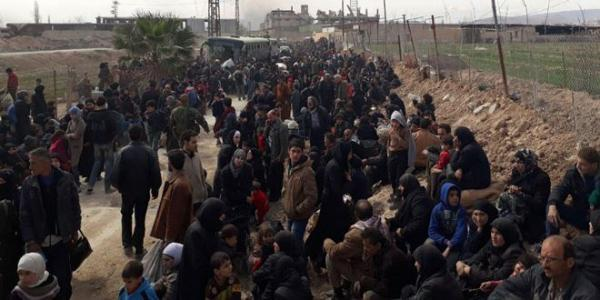 Updated-Thousands of civilians exit of Eastern Ghouta via Hamouriya safe corridor