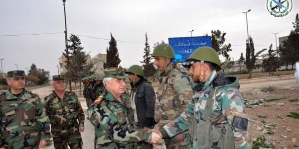 Army Chief of Staff visits a number of army positions in Aleppo and countryside