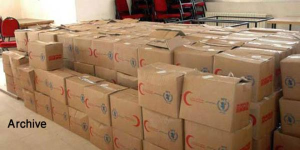 Equipping makeshift centers in Hama to receive displaced persons from Raqqa