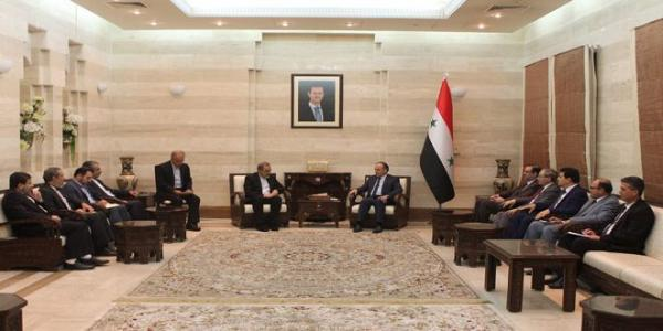 Khamis meets Velayati…stresses need to enhance economic cooperation