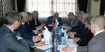 Industry Ministry, MA3 delegation discuss establishing truck assembly plant in Syria