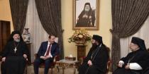 Commissioned by President al-Assad, Azzam visits heads of Christian denominations on occasion of Easter