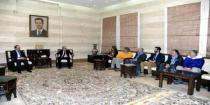 Premier Khamis to Italian medical delegation: Syrian people will not forget your humanitarian gesture