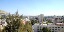 Very hot weather continues to prevail; temperatures in Damascus reach 44 on Monday