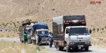 Hundreds of displaced Syrians return from Lebanon through al-Zamrani crossing